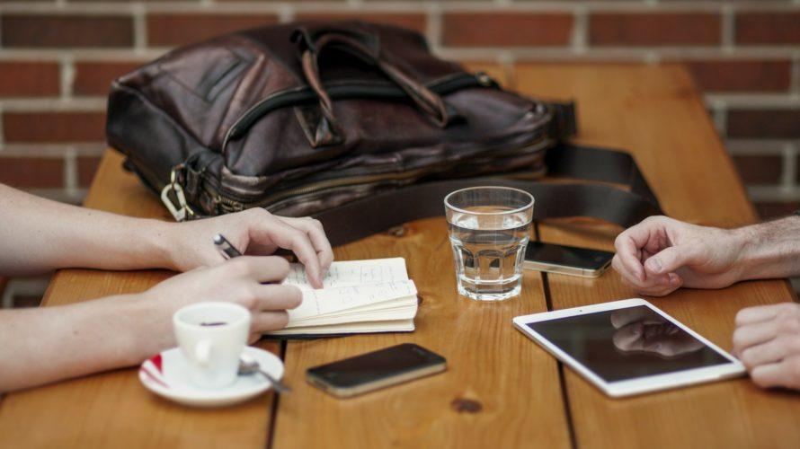話すのが苦手な営業マンは仕事で成果は出せるのか?